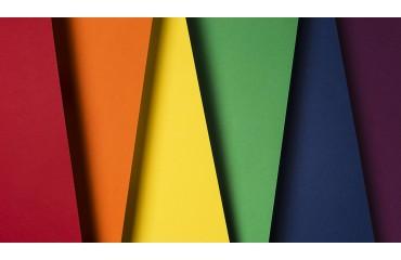 Barva embalaže ima sposobnost, da se oko ustavi in začne se prodaja